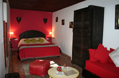chambre rouge hotel