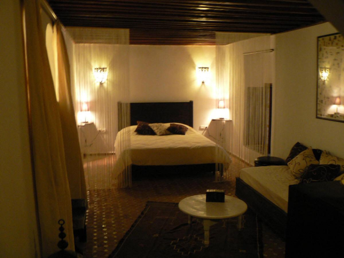 Salle de bain chambre d hotel for Les chambres blanches